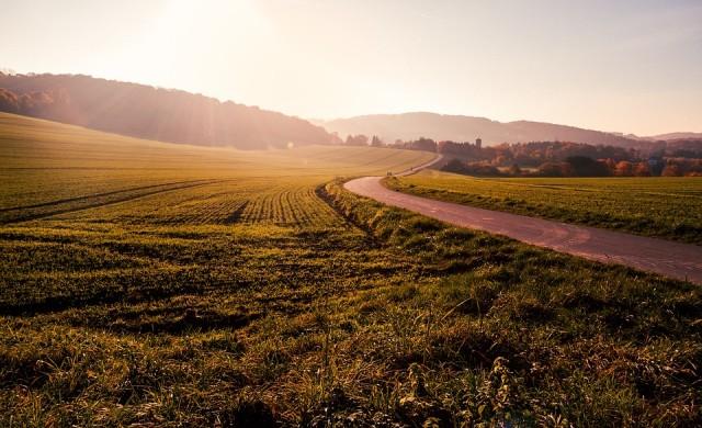 Адванс Терафонд АДСИЦ продаде земи за 20 млн. лв. за седем месеца