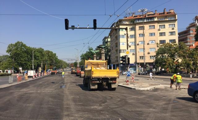 В неделя пускат движението в северното платно на Цариградско