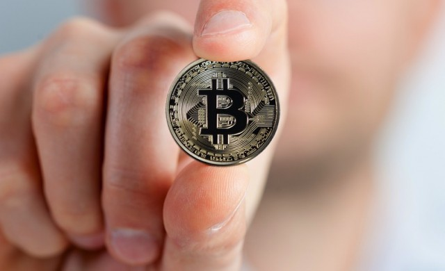Анализатор вдигна прогнозата си за биткойн до 6 000 долара