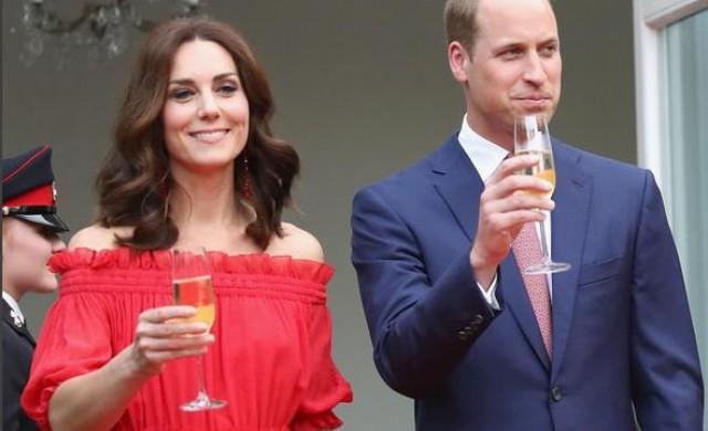 Защо британските кралски особи не могат да дават автографи?