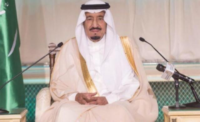 Саудитският крал похарчи 100 млн. долара за лятната си ваканция
