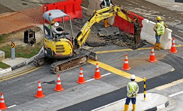 Затварят Солунска заради реконструкция на канал