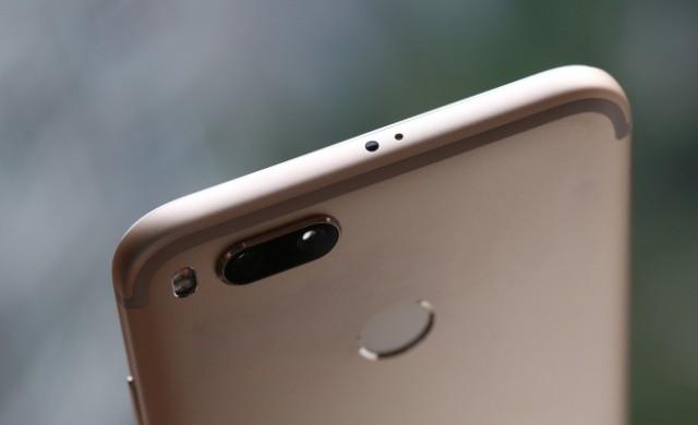 Xiaomi и Google подготвят чист Android смартфон