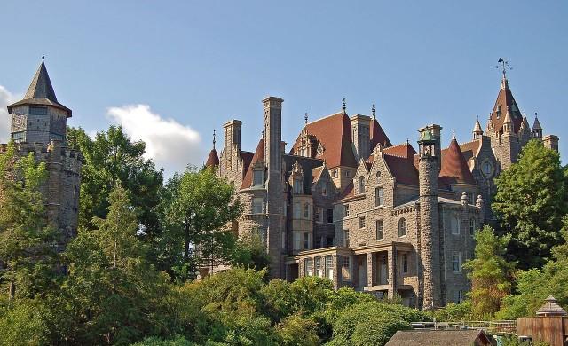 11-те най-красиви замъци в Америка