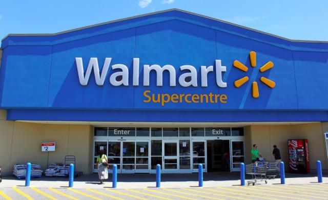 Синът на основателя на WalMart продава акции от компанията