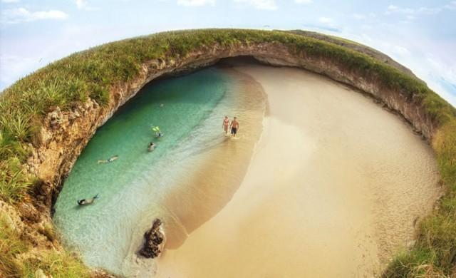 Необичайни плажове, които си заслужава да видите