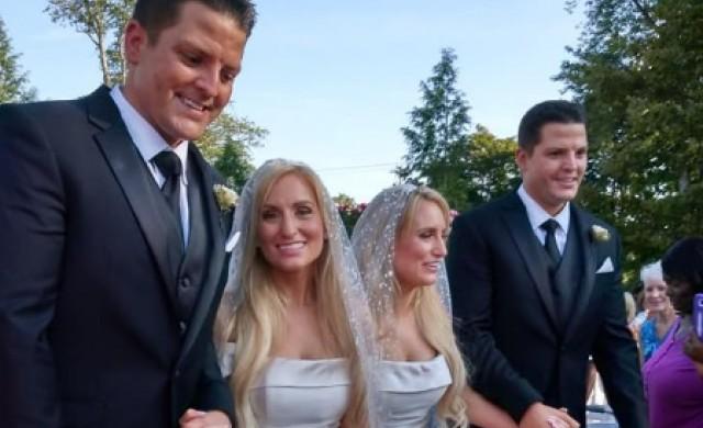 Идентичните близнаци, които се ожениха за идентични близначки