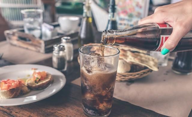Какво се е случва с организма, когато спрете газираните напитки