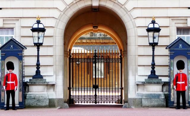 Кой член на кралското семейство е любимец на персонала в двореца?