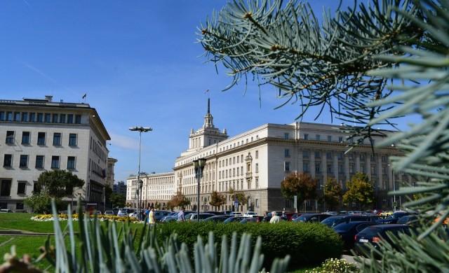 Мащабно миене на улици в София. Вижте къде да не паркирате