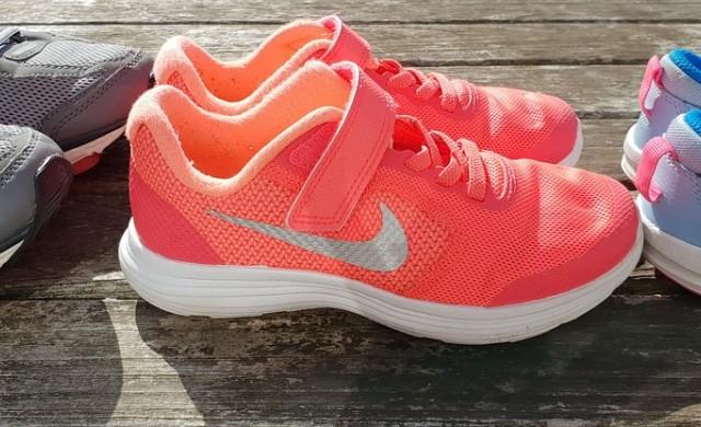 Nike доставя детски кецове срещу абонаментна месечна такса