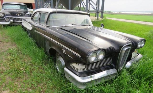 Дядо остави след смъртта си уникална колекция от 250 коли
