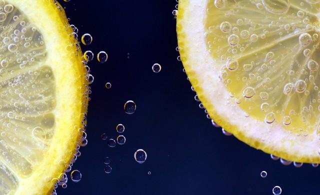 10 ранни признака, че тялото ви страда от липса на витамин С