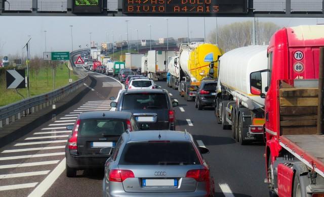 До 90 лева на камион за транзит през България