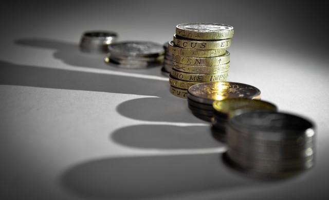 Двуцифрен ръст на потребителските и ипотечните кредити през юли