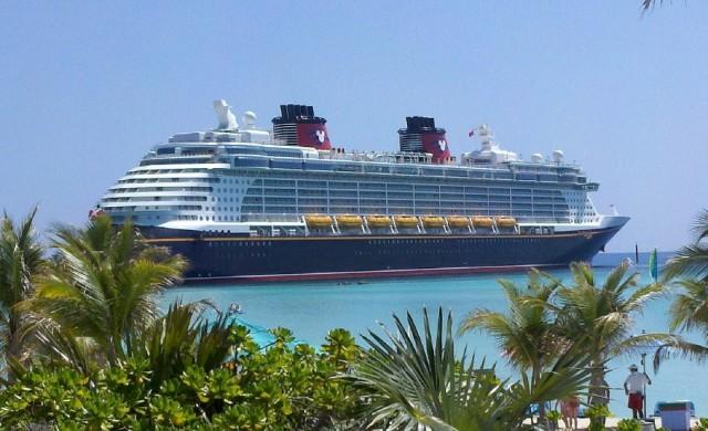 Disney отваря втори частен остров