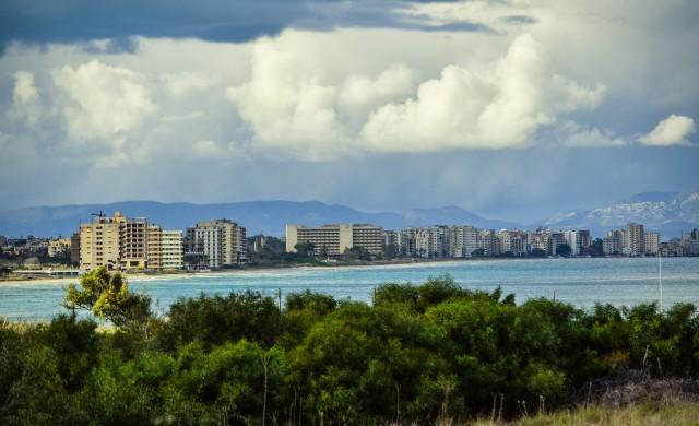 Призрачният рай, за който Гърция и Турция спорят (снимки)