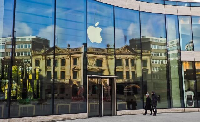 Бъфет вече притежава акции за над 100 млрд. долара в Apple