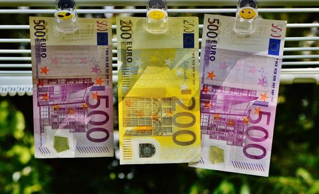Осемте банки, от които теглихме най-често пари в периода април-юни