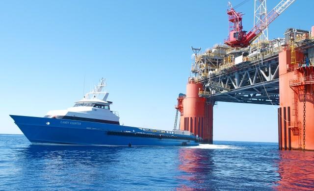 Прогнозират по-слабо търсене на петрол