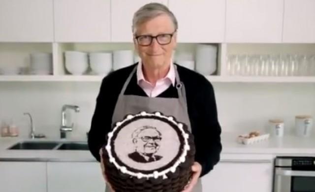 Какво подари Бил Гейтс на Уорън Бъфет за неговия 90-и рожден ден?
