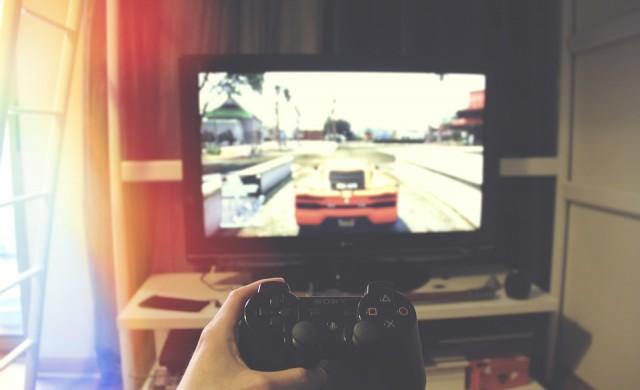 """Китай нарече онлайн игрите """"електронни наркотици"""""""