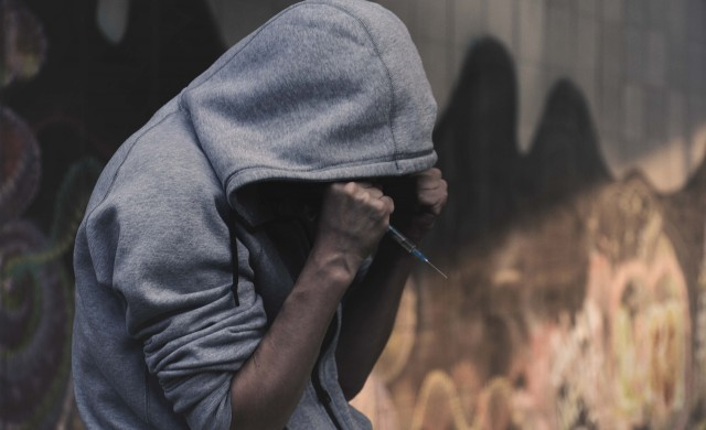 Наркотиците са убили рекорден брой хора в Англия и Уелс през 2020 г.