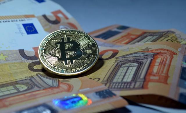 Германските фондове ще могат да държат до 20% от активите си в криптовалути