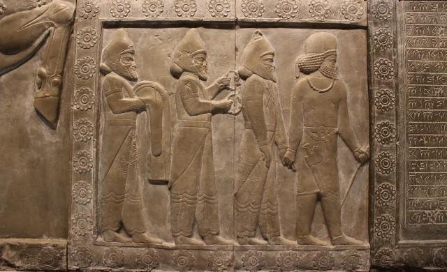 Бедствия, глад и глобализация: Крахът на цивилизациите от Бронзовата епоха