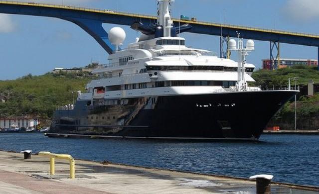 Купиха яхтата на съосновател на Microsoft, предлагана за 278 млн. долара