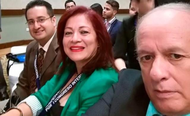 Политик пусна в дома си килъри, дегизирани като лекари, които я убиха