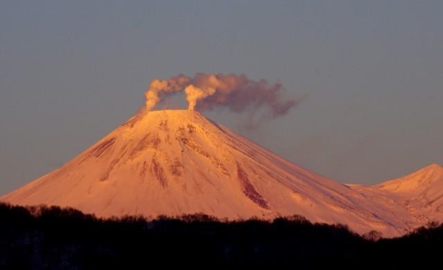 Вулканите ли ще охлаждат затоплящата се планета?