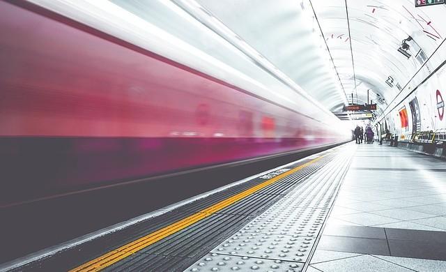 Луксозен влак за 350 милиона долара ще промени начина ни на пътуване
