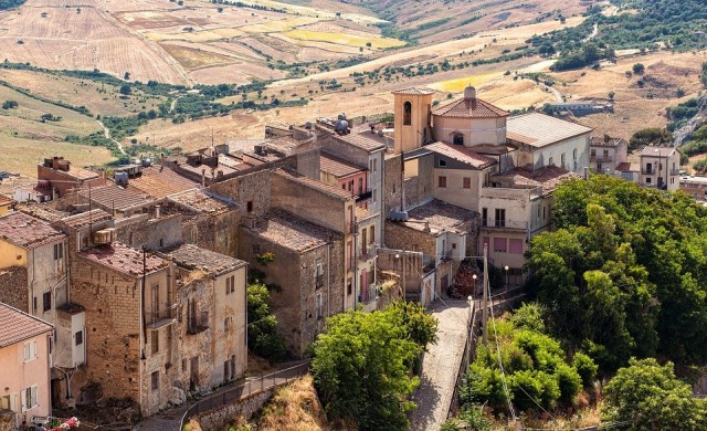 Италианско градче в близост до Рим продава домове за 1 евро