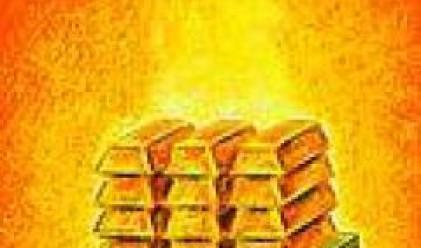 Златото поскъпва до 16-месечен максимум
