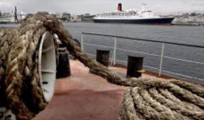 Най-големият в региона терминал за контейнери строят в пристанището на Вльора