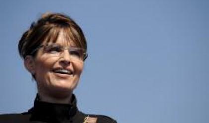 Американците се интересуват най-много от очилата на Сара Пейлин