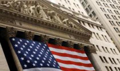 Dow Jones с нов голям спад от 372 пункта в понеделник