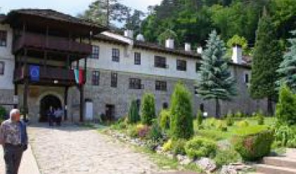 Крушкова: Туризмът бележи ръст от 17.6% на годишна база