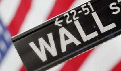 Фалстарт за щатските индекси, Dow Jones губи 300 пункта