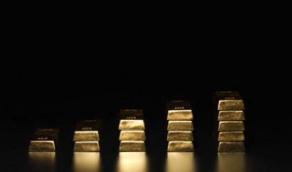 Златото доближава 1000 долара - знак за тревога?