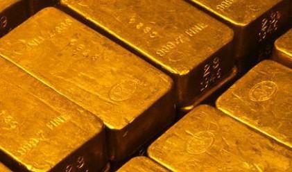 Златото проби границата от 1000 долара за тройунция