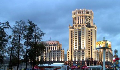 Забраняват рекламите по жилищните сгради в Русия