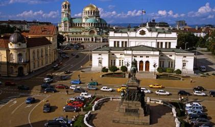 FT: България действа в обуздаване на корупцията