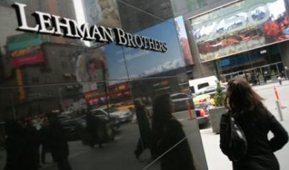 САЩ още понасят щети от фалита на Lehman