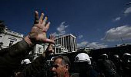 Гръцките шофьори продължават многодневната си стачка