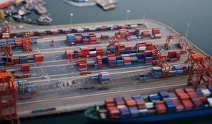 Пристанище Варна обработи с 10% повече товари до август
