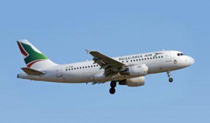 500 руски туристи са блокирани на бургаското летище