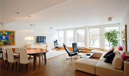 Големи жилища чакат купувач с месеци