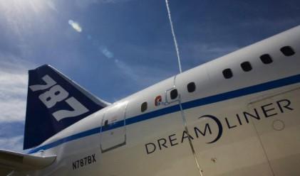 Boeing достави своя първи самолет 787